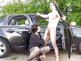 blowjob CFNM - Picked in all directions a sleazy granny pfotejob